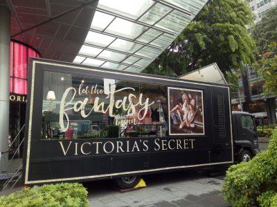 Unicom Marketing_24ft Truck_VictoriasSecret_03